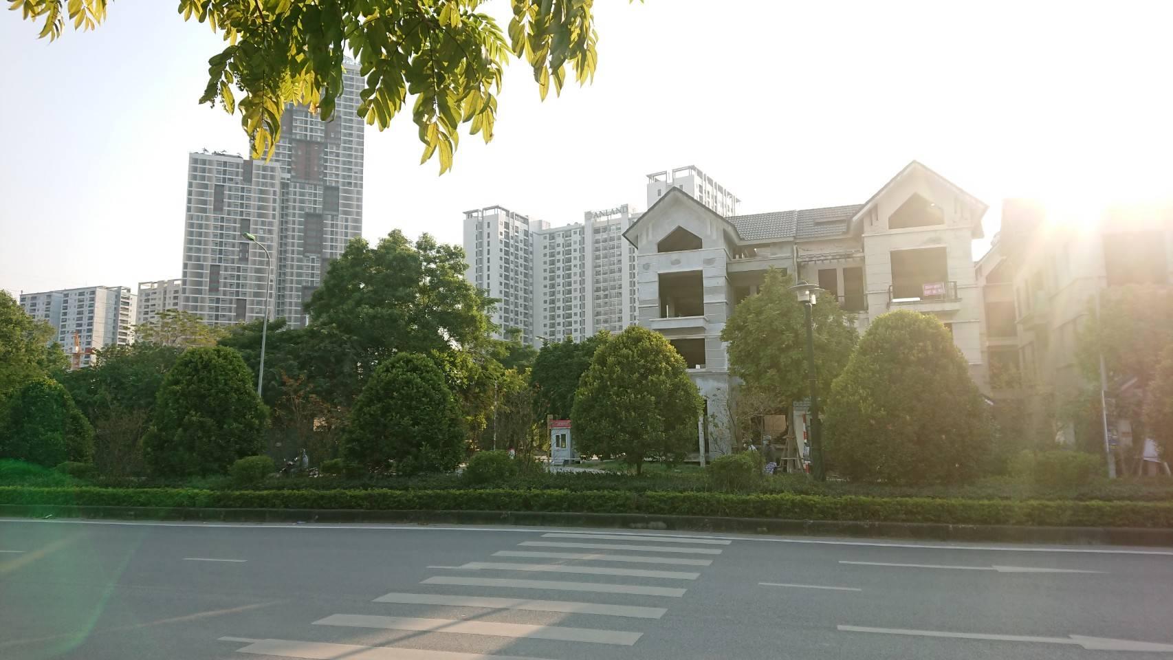 イオンモール・ハドン(ベトナム)周辺に建築中の住宅地